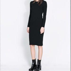 NWOT Zara Long Sleeved Body Con Dress